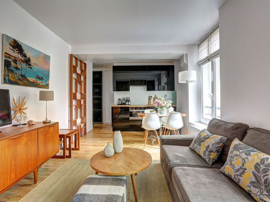 I Think That One Of The Most Beautiful Accommodation In Paris Is This Apartment Odeon District St Germain Central Areas