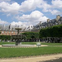 Le Marais, where Jewish and French cultures live together