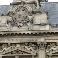 From churches to night life, the attractions of arrondissement 11