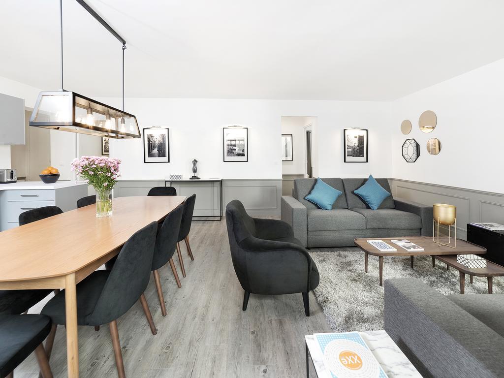 3-bedroom flat in Le Marais