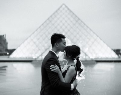 Couple in Paris photoshoot advice good for Instagram too!