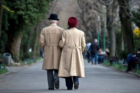 seniors in paris
