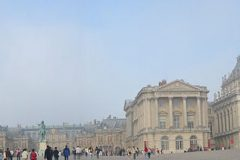 visit versailles from home