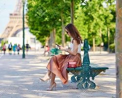 how to dress in paris in summer