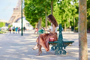 How to dress in Paris in Summer (June, July, August)