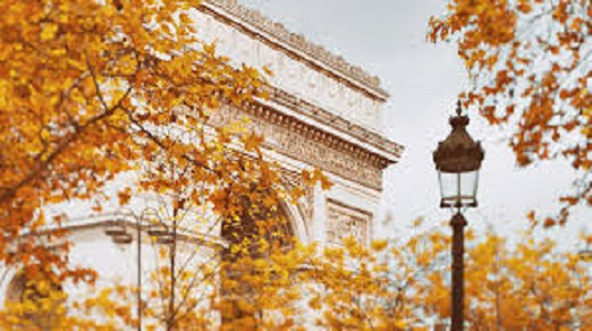 Quotes and puns for Instagram captions about Paris in Fall