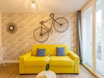 Colorful accommodation in Paris